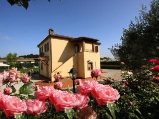 Villetta Sunflower Cortona  Tuscany - Sinalunga vacation rentals