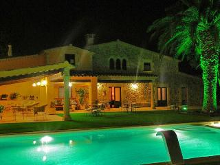 Mas de les Flors - 16P villa close to Palafrugell - L'Estartit vacation rentals