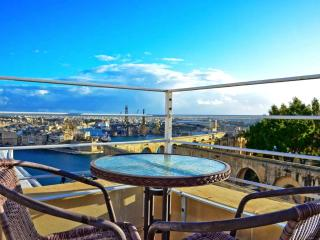 Panoramic duplex penthouses Valletta centre - Naxxar vacation rentals