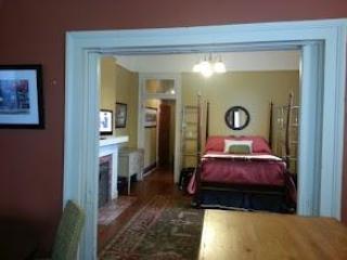 Uptown1BR near Audubon Park& Magazine St; sleeps 4 - New Orleans vacation rentals