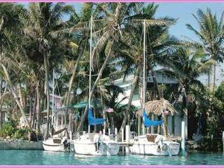 Conch Key Bayfront cottage with 23' Sailboat - Conch Key vacation rentals
