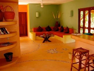 Luxurious 1BR - Condo close to Beaches & Downtown - Zihuatanejo vacation rentals