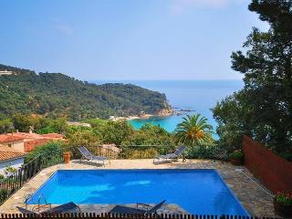 300m from Beach: Beautiful Villa Sunrise - Lloret de Mar vacation rentals
