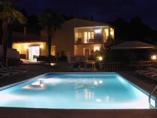 18p luxury villa with large garden:Villa Tropicana - Arenys de Mar vacation rentals