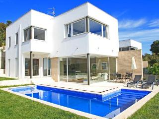 Modern Villa in Calonge, Costa Brava: Villa Nunu - Mont-ras vacation rentals