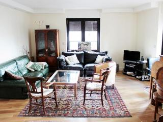 High Quality 2 Bedroom at Montparnasse in Paris - Paris vacation rentals