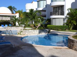 Beach Luxury Residence The Ritz Carlton &Hard Rock - Cancun vacation rentals
