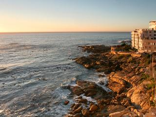 BANTRY BAY VIEWS 301: Directly above the water! - Cape Town vacation rentals