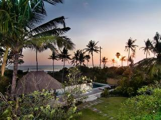 BEACHFRONT PARADISE SEMINYAK, Perfect For All Ages - Seminyak vacation rentals