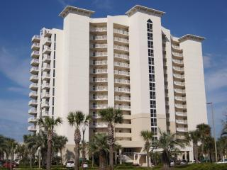 Oceanside condo! The best location in Destin! - Destin vacation rentals