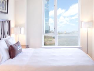 Sky City at The Harbor - 1-bedroom with private balcony! - Greater New York Area vacation rentals