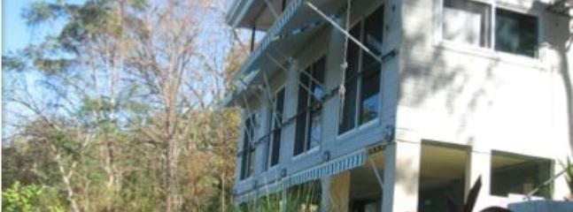 2 Bedroom Apartment in Santa Teresa Near Beach - Image 1 - Santa Teresa - rentals