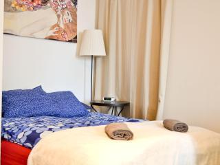 BEST PRICE NOW- Central Studio,Naschmarkt,Oper - Vienna vacation rentals