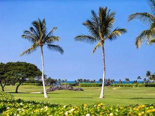 Ocean View Fairway Villa with designer touches! - Kailua-Kona vacation rentals