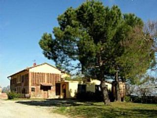 Casa Medinilla A - Image 1 - Gambassi Terme - rentals