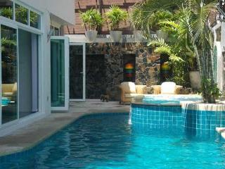 Jomtien Pool Villa - Pattaya vacation rentals