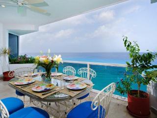 Beautiful.... Puesta del Sol 5 North. - Cozumel vacation rentals