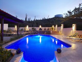 Villa Jaburibari - Noord vacation rentals
