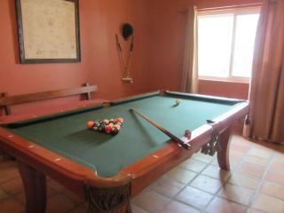 La Quinta Cove - Santa Fe Style Home - La Quinta vacation rentals