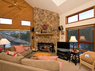 Aspen Creek 5 - Mammoth Rental - Near Eagle Lift - Mammoth Lakes vacation rentals