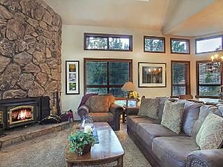 Aspen Creek 6 - Mammoth Condo - Near Eagle Lift - Mammoth Lakes vacation rentals