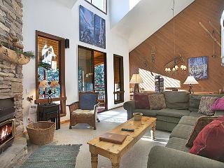 Aspen Creek 228 - Mammoth Condo - Near Eagle Lift - Mammoth Lakes vacation rentals