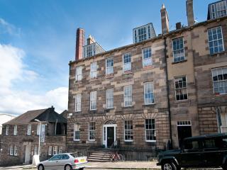 Union Street Apartment - Edinburgh vacation rentals