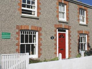 Crantock 4 bedroom, 2 bath cottage by Beach - Crantock vacation rentals