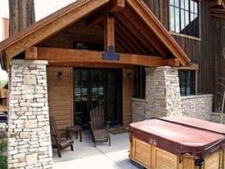 Rear Deck with Private Hot Tub - Short 15 Yard Walk to Lift at Park City Resort-Platinum Rated Newer Property with Fantastic Amenitie - Park City - rentals