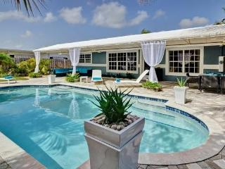 SKY: Modern Luxury at it's Finest! Close to Beach! - Fort Lauderdale vacation rentals