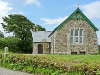 MOUNT JOY CHAPEL, near beaches, walks and cycle paths, with off road parking and an enclosed garden, near Newquay, Ref 5917 - Mitchell vacation rentals