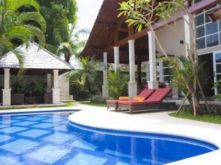 Villa Kawan Sanur Luxury Family 3 bedroom Villa, - Sanur vacation rentals
