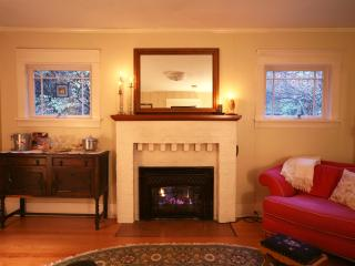 Private North Seattle Guest Cottage - Seattle vacation rentals