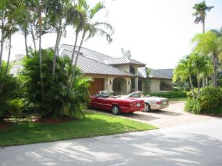 Architectural Gem in Best Part of Deerfield Beach! - Deerfield Beach vacation rentals
