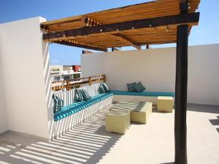 Penthouse Blue Paradise in Downtown. - Playa del Carmen vacation rentals