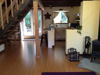 Cully Carriage House - NE Portland, Oregon - Portland Metro vacation rentals