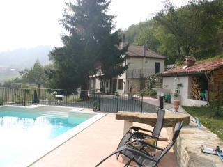 Piemontese Farmhouse - Belvedere Langhe vacation rentals