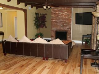 Remodeled 3BR/3BA W/ Pool in Historic Area - Henderson vacation rentals