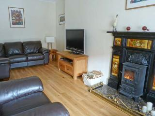 SEASPRAY family friendly, two woodburning stoves, sea views in Saint Monans Ref 18418 - Crail vacation rentals