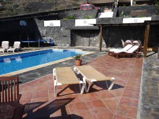 Holiday Apartment Oasis de La Asomada - Playa Quemada vacation rentals