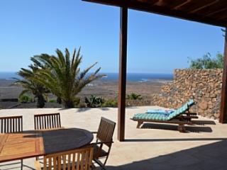 Holiday Villa Las Breñas - Image 1 - Lanzarote - rentals