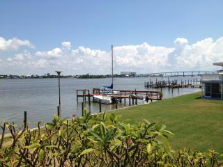 Charming beach cottage located on Estero Bay. - Florida South Central Gulf Coast vacation rentals