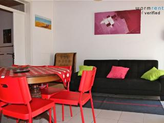 Black Pepper Apartment - Aldeia do Meco vacation rentals