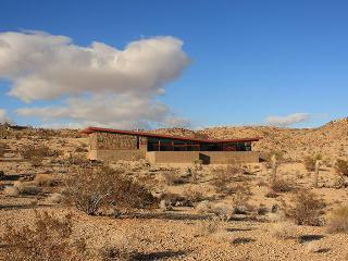 Modern Architectural Desert Retreat with Pool - Joshua Tree vacation rentals