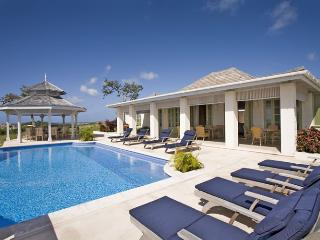 5 bedrooms all en suite, 4 receptions, pool, sea views, colonial style, modern technology (v) - Saint Vincent and the Grenadines vacation rentals