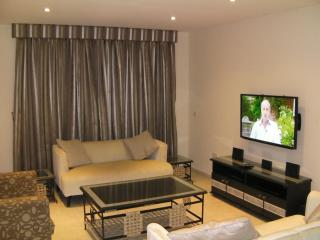 Hamptons Short Let Luxury Apartment, Lagos Nigeria - Lekki vacation rentals