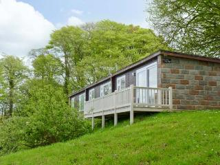 SEA VALLEY 58, decking with sea views, WiFi available, on-site heated swimming pools, Ref 913165 - Clovelly vacation rentals