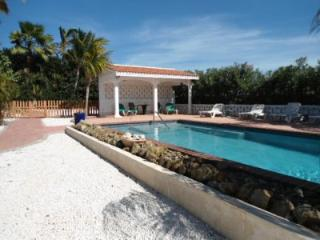 Seabreeze Villa & Suites - Paradera vacation rentals