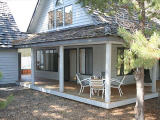 Affordable Sunriver Home Pet-Friendly and Large Deck Near North Entrance - Sunriver vacation rentals