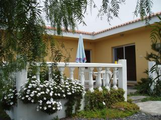 Los Guanches bungalows,double bedroom,great views. - Brena Alta vacation rentals